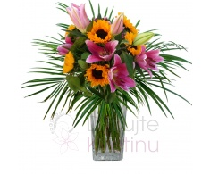 Bouquet of Lillies SG and sunflowers + greenery